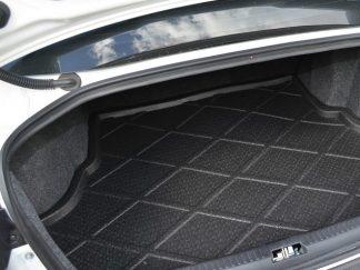 Plastikiniai bagažinės kilimėliai